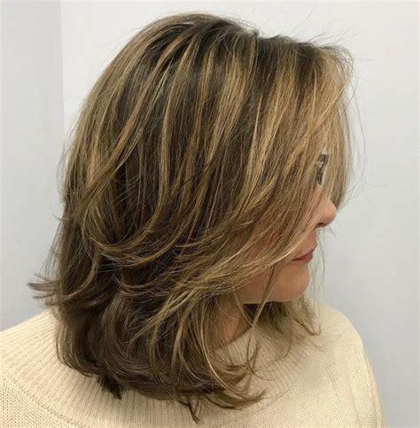 2020 Popular Medium Messy Feathered Haircuts