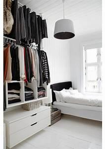 Rangement Vetement Chambre : rangement v tements chambre chambre pinterest ~ Teatrodelosmanantiales.com Idées de Décoration