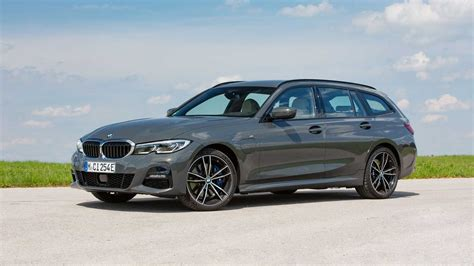 BMW 330e Touring PHEV Is Entering The Market: Let's Check ...