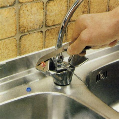comment changer robinet cuisine réparer un robinet qui goutte