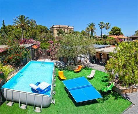giardino con piscina foto giardino con piscina foto di residence cala grande