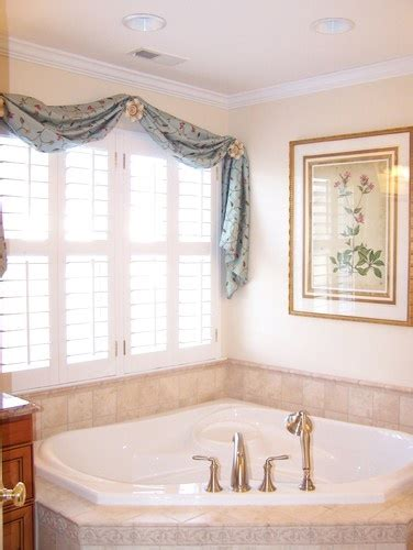 bathroom rehab ideas 1000 images about bathroom window treatment ideas on