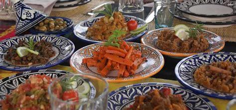 plats cuisinés livrés à domicile véritable couscous marocain à emporter ou livré à domicile