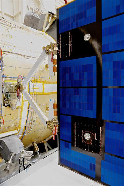 Testing solar array - Orion blog