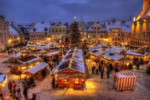 GetYourGuide Blog 7 Top Places to Celebrate Christmas This ...