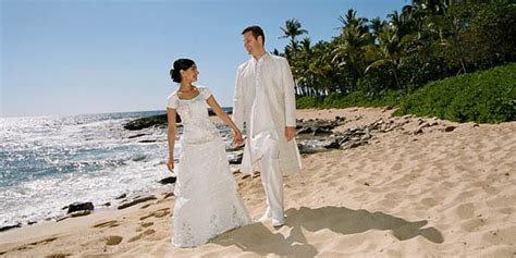 Four Hawaii Wedding Packages