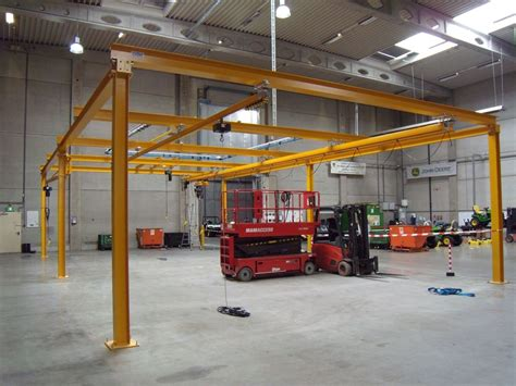 Crane Light by Light Crane Systems Available At Kwint