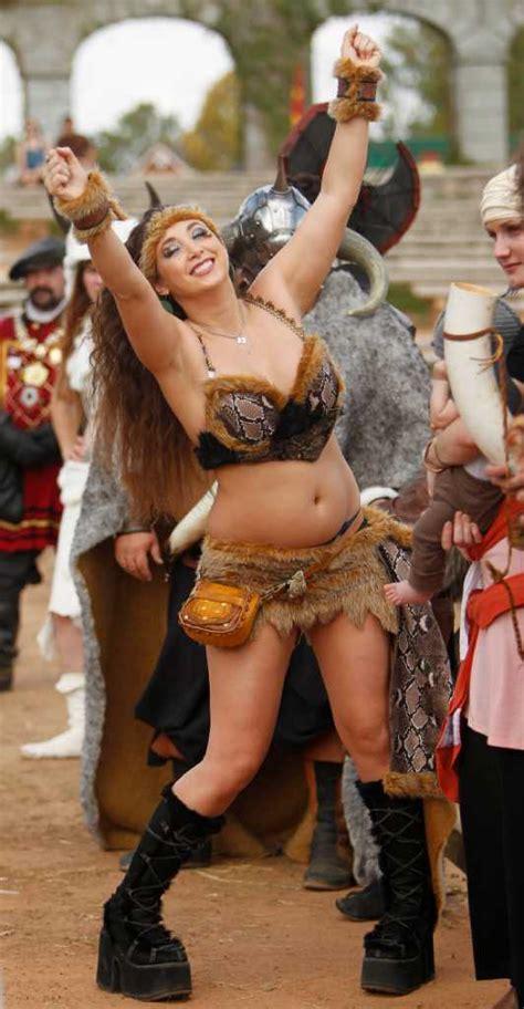 women   texas renaissance festival houston chronicle