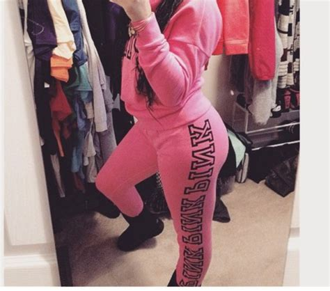 Victoria secret pink jogging suits