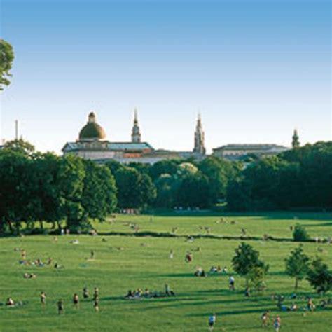 Englischer Garten In München öffnungszeiten by Englischer Garten Garden Reviews Photos