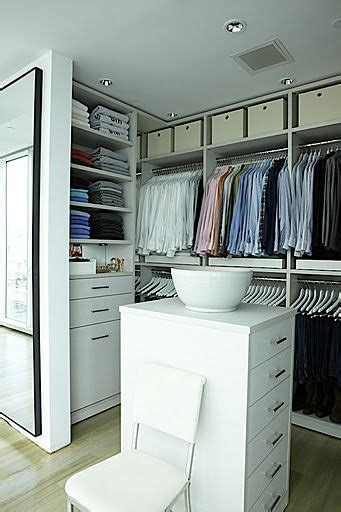 items     dream closet  small island closet