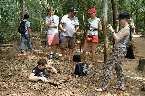 Cu Chi Tunnels Tour By Boat by Cu Chi Tunnels By Boat Bicycle Les Rives