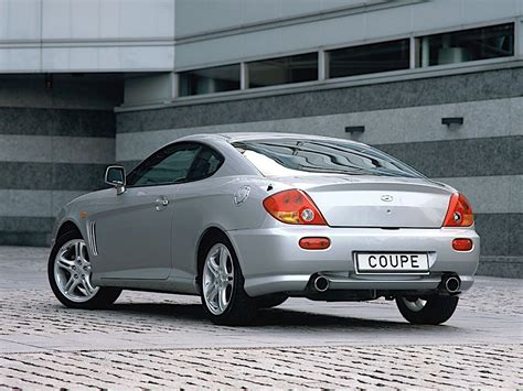 HYUNDAI Coupe / Tiburon specs & photos - 2001, 2002, 2003 ...