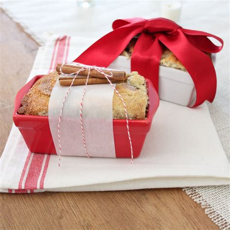 christmas hostess gifts to make gift idea easy cinnamon bread recipe