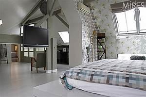 Chambre Sous Les Combles : une nuit sous les combles c0219 mires paris ~ Melissatoandfro.com Idées de Décoration