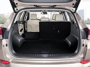 Hyundai Tucson Versions : hyundai tucson eu version 2016 picture 205 1600x1200 ~ Medecine-chirurgie-esthetiques.com Avis de Voitures