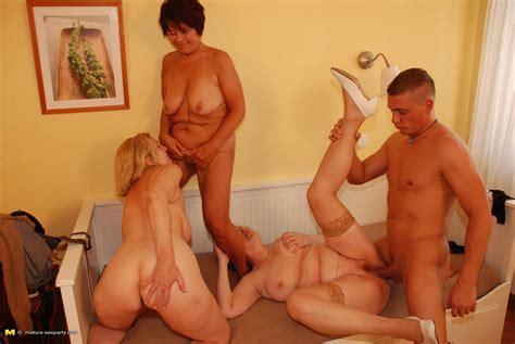 three cockhungry mature sluts got served pichunter