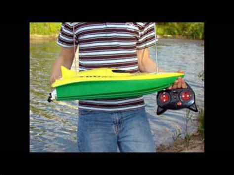 Fast Rc Boat Videos by 22in Fast Musculus Racing Rc Boat Youtube