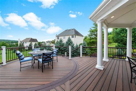 composite deck extends heart   home remodeling
