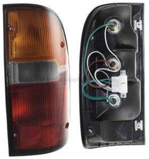 toyota tacoma parts  toyota tacoma tail light