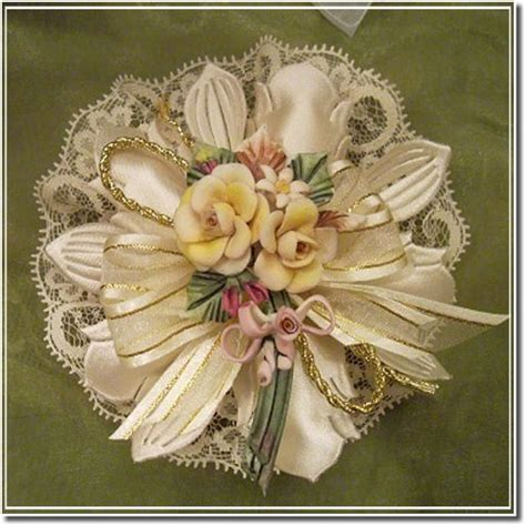 italian confetti flowers wedding favors images