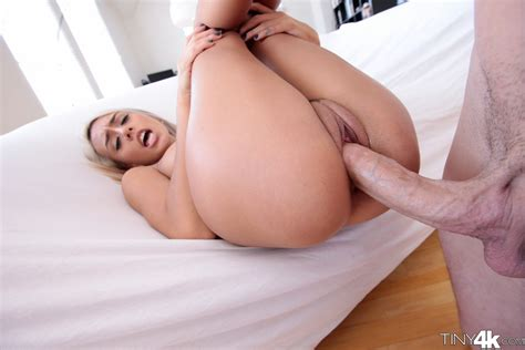 Sex Images Janice Griffith Gets Huge Cock Pleasure For