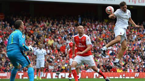 Arsenal win English FA Cup, end Chelsea's season double dream