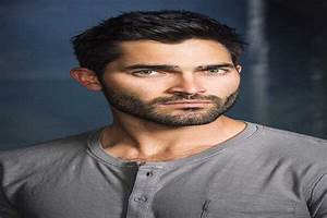 Tyler Hoechlin Phone Number, Fan Mail Address and More