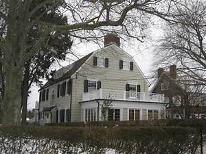 America's Scariest Homes: 12 Real-Life Haunted Houses | HGTV