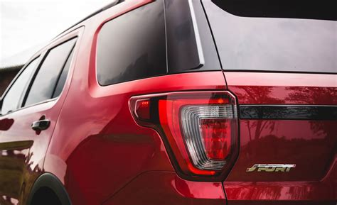 2016 ford explorer tail light 2016 ford explorer sport cars exclusive videos and