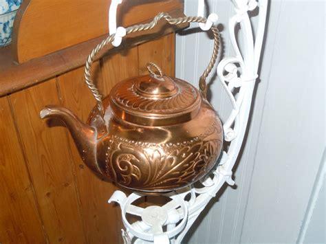 kettle historic stand burner missing below would go