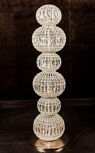 Lampe De Salon : la lampe de sol constantine fait 128 cm de haut pour un salon un coin repos un boudoir ou une ~ Teatrodelosmanantiales.com Idées de Décoration