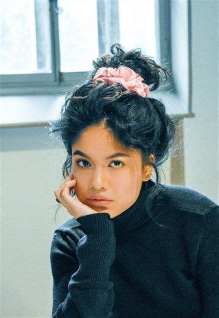 90s Hairstyles Scrunchies by This 90s Hair Trend Is Back According To