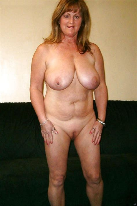 Mature Ladies With Saggy Tits 12 Photo 15 Amateur In Action