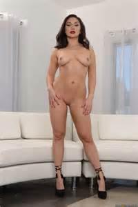 Seductive Brunette Likes Sex With Women Photos Gabriella