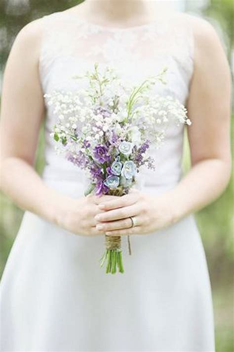 pretty posy small wedding bouquets page    puff