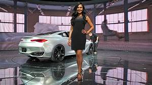 Hot Girls of the 2015 Detroit Auto Show - autoevolution