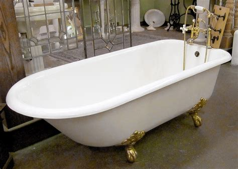 Garden Tubs For Sale by To Clean An Antique Clawfoot Tub