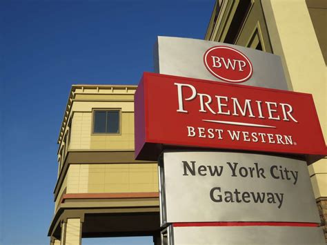 Best Western Premier Nyc Gateway Hotel, North Bergen New. Hotel La Casa De Adobe. Heads Nook Hall Hotel. Hotel Guarany. Keraton At The Plaza A Luxury Collection Hotel Jakarta. Hotel Palace. Karaca Hotel. Romantik Hotel Turm. Apart Hotel Norden
