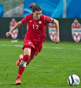 London 2012: Christine Sinclair scores, Canada tops ...