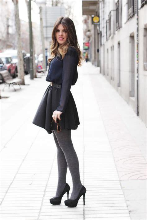 Outfit medias grises - Buscar con Google   Outfits medias de colores   Pinterest   Fotos Google ...