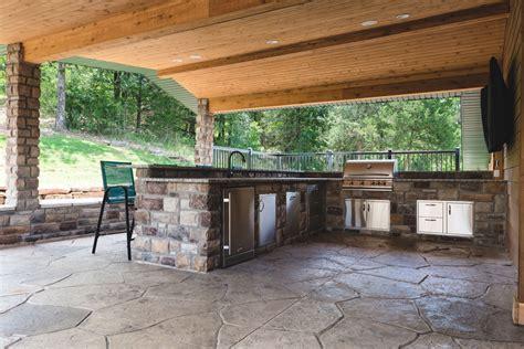 custom outdoor bars kitchens kitchen islands bbq