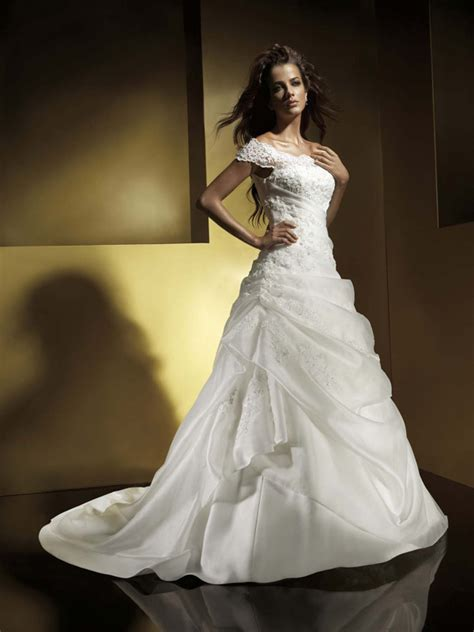 wedding dresses  cap sleeves wedding dresses