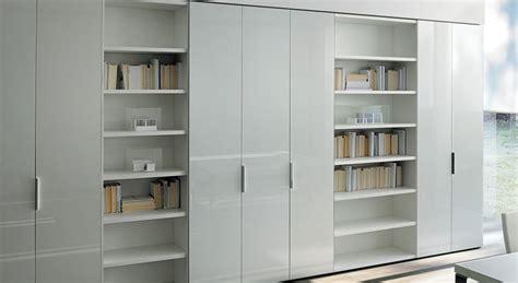 Armadi Per Ufficio Ikea by Armadi Ufficio Armadio Componibile Caratteristiche
