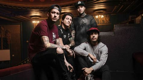 Pierce The Ceil by Listen To Pierce The Veil S New Track Circles 171 The