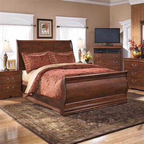derbyshire international furniture  piece queen bedroom
