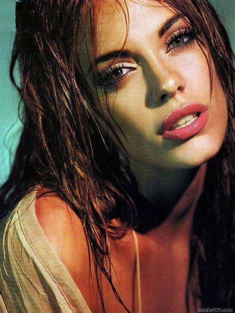 Emilia Attias Biography And Photos Girls Idols