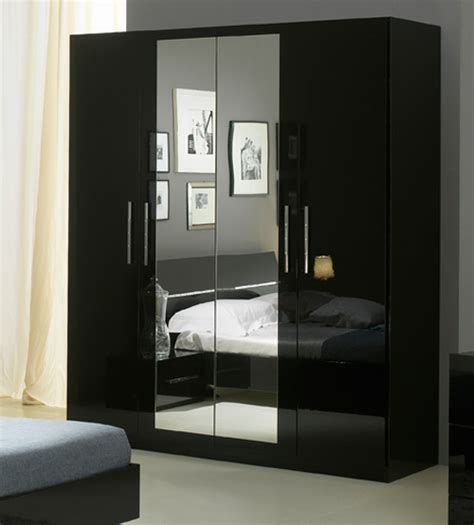 chambre noir armoire chambre laquee