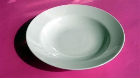 table ronde de cuisine beaujolais réception location de vaisselle et de