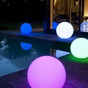 Boule Lumineuse Exterieur : d co jardin boule lumineuse ~ Teatrodelosmanantiales.com Idées de Décoration
